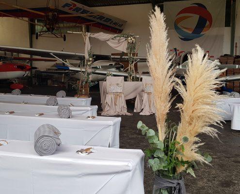 Freie Trauung im Hangar